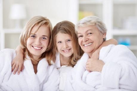 Frauen in unterschiedlichem Alter