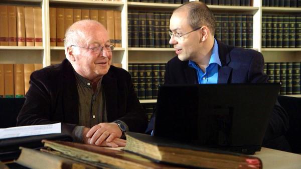Norbert Blüm mit Ahnenforscher Markus Weidenbach (Bild: WDR)