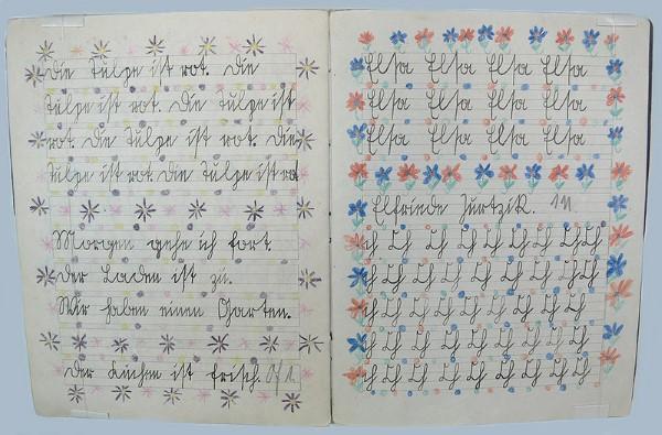Schreibübungen in Sütterlin-Schrift